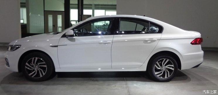 [Volkswagen] Bora (Chine) - Page 2 744x0_1_autohomecar__ChcCr1rQPTyAB383AAiSzZRXylk300