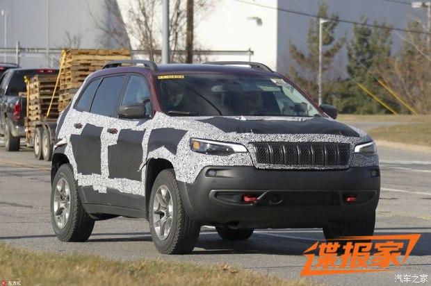 越野更强悍 新款Jeep自由光性能版曝光