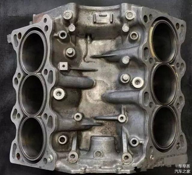铸铁发动机,铝合金发动机